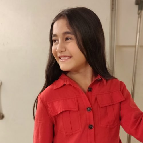 Aakriti Sharma Parents, Wiki, Height, Age, Child Actor in Kulfi Kumar Bajewala